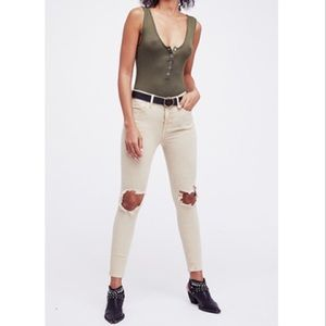 Free People KHAKI BUSTED SKINNY Jeans 26R